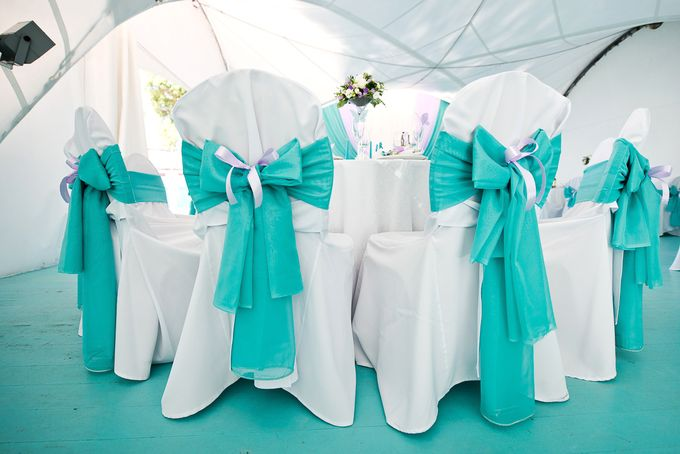 Бантики на стулья на свадьбу