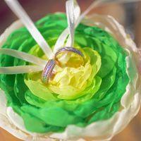 Большой шелковый цветок-подушечка для колец