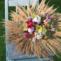 Рустикальный садовый букет - может быть букетом невесты или использоваться в оформлении.