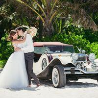 Ретро машина на свадьбе в Доминикане