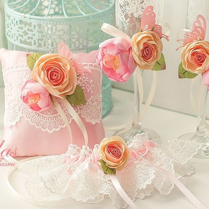 Подушечка с цветами