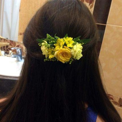 Цветочная заколка для волос
