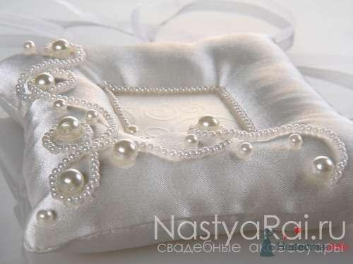 Подушечки для колец - фото 28664 «Настя Рай» - платья, аксессуары, цветы и декор