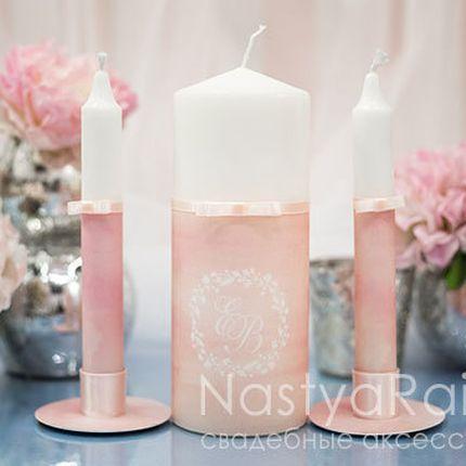 Розовые свечи с инициалами акварель