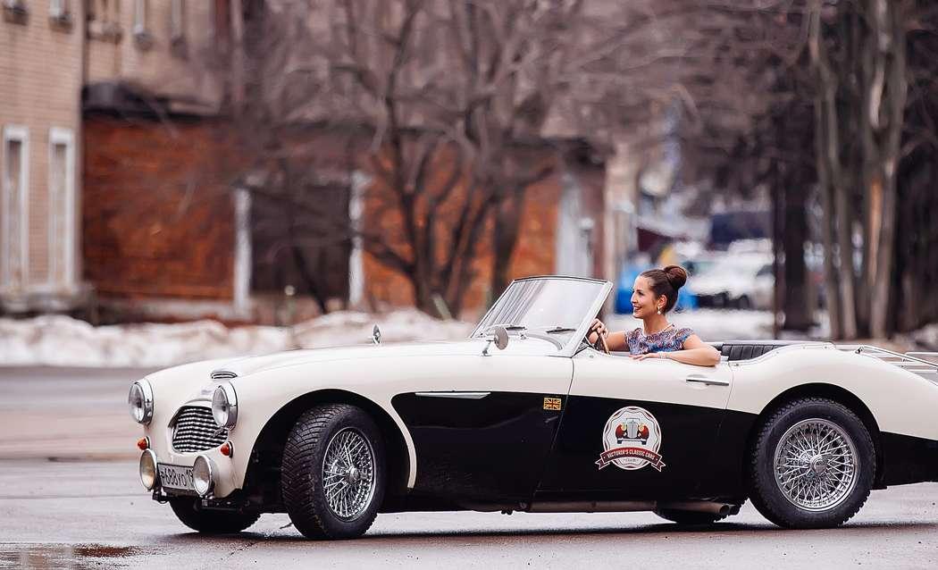 Черно-белый кабриолет на свадьбу в стиле ретро, фото Victoria's Classic Cars - свадебный автомобиль - фото 2479269 Victoria's Classic Cars - свадебный автомобиль