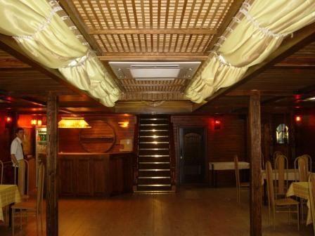 Пиратский зал под казино