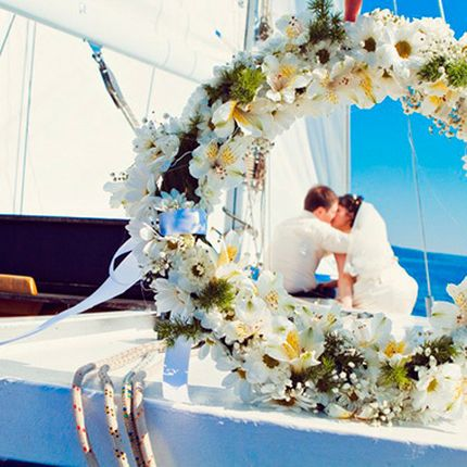 Организация свадьбы на яхте в Сочи - фотосессия