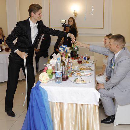 Фокусник на свадьбу