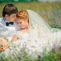 Персиковые розы в свадебном букете