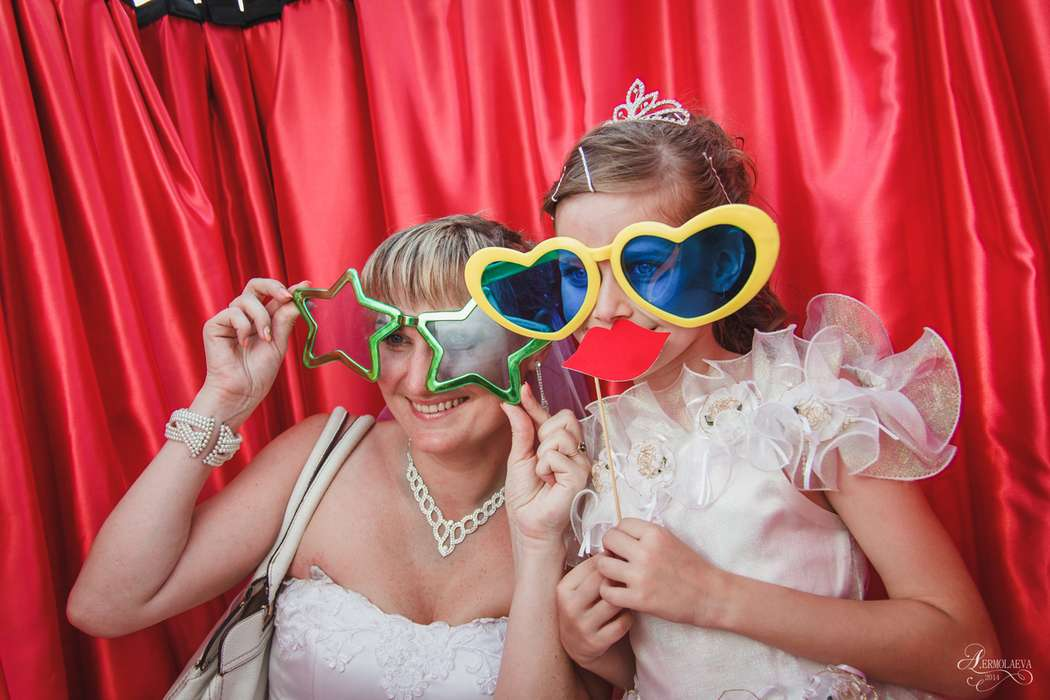 Фото 2797339 в коллекции Парад невест 08.07.2014 - Мобильная Фотобудка Mr.Smile