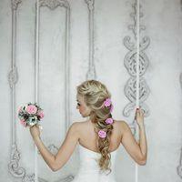 Букет невесты и украшение в волосы ручной работы. В наличии. 8 000 руб.
