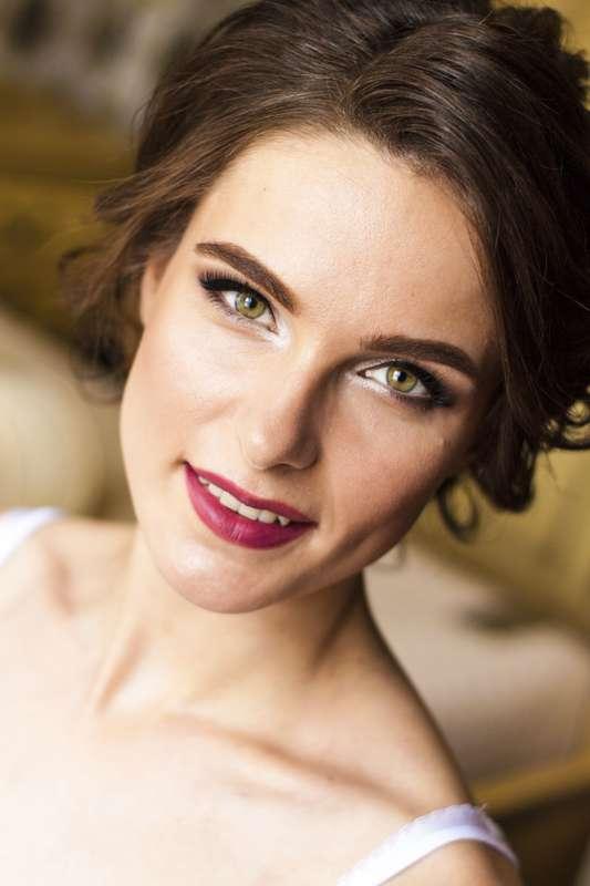 свадебный и вечерний макияж - фото 17650048 Мастер причёски и макияжа Старостина Наталья