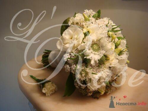 """Фото 17838 в коллекции Свадебные букеты, аксессуары - Галерея цветов """"L'Rose"""""""