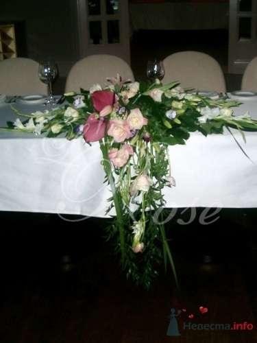 """Фото 17889 в коллекции Президиум и настольные композиции - Галерея цветов """"L'Rose"""""""