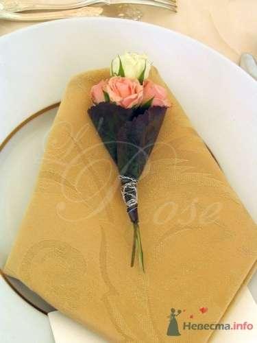 """Фото 17909 в коллекции Президиум и настольные композиции - Галерея цветов """"L'Rose"""""""