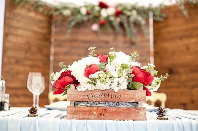 Декор свадьбы в стиле рустик с золотом