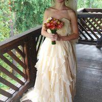 Платье и букет невесты моих рук дело
