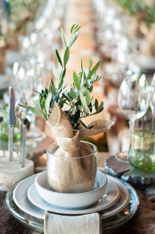 Эвкалипт в мешковине и стеклянном стакане.  - фото 2989361 Kalina Floral - оформление свадьбы
