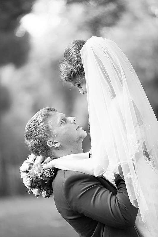 Свадебная прогулка - фото 2969559 Фотограф Дмитрий Иовенко
