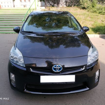 Аренда Toyota Prius 2011, цена за 1 час