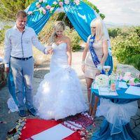 Яркая летняя свадьба Саши и Кристины. Оформление, проведение и музыкальное сопровождение от компании Крымпраздник