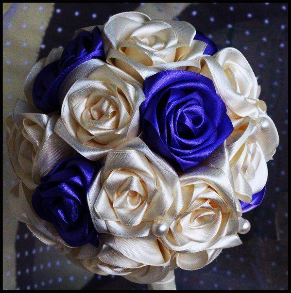 Букеты для невесты из атласных лент фото