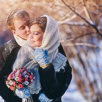 нежно и тепло, а оренбургская пуховая паутинка и варежки согреют в любой мороз