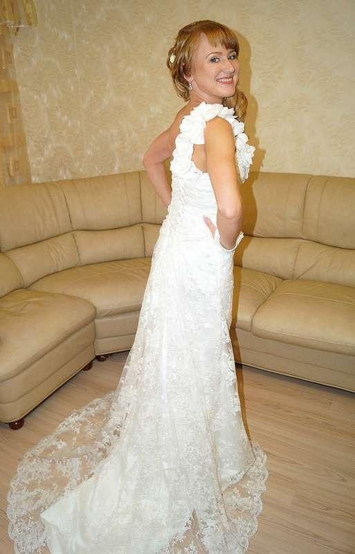 Шикарное кружевное платье со шлейфом на невесте Светлане!Спасибо что выбрали платье у нас! - фото 14892608 Свадебный салон Юлии Савиной