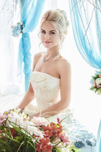 размер 40 и 42, цена 8000р, цвет шампань - фото 14892776 Свадебный салон Юлии Савиной