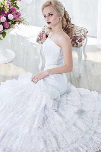 размеры 40, 42 и 44, цена 10000р - фото 14892778 Свадебный салон Юлии Савиной
