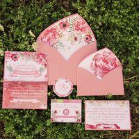 Набор свадебной полиграфии акварельные цветы. Этикетка, карточка с хештегом, адресная карточка, маленький конверт, карточка - приглашение, большой конвер