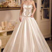 Свадебные платья 2V0K15