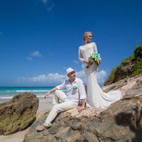 жених и невеста, съемка в Доминикане,  пляж Макао, океан, скалы, любовь, счастье, молодость, свадьба