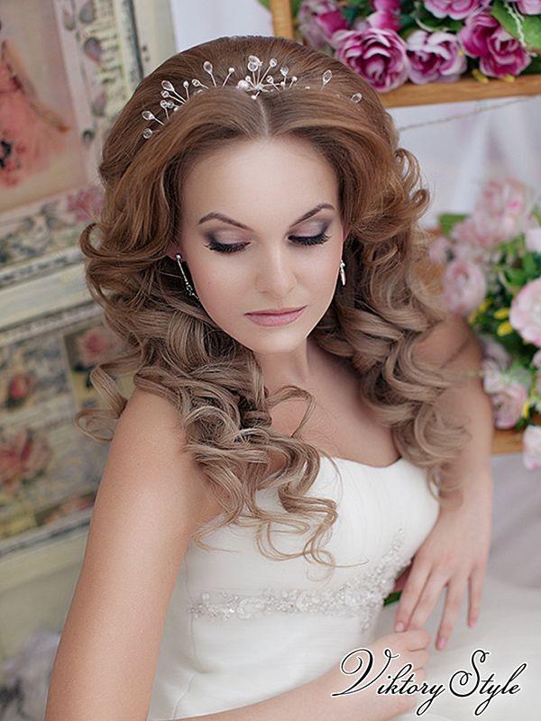 Прически на свадьбу с длинными волосами распущенными