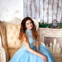 стилист по прическам Юлия Литвинова  платье  макияж Анна Насырова