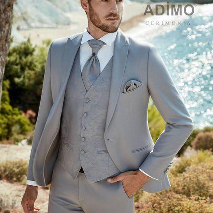 Светло-серый костюм-тройка Lecce Adimo