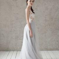 Запись на примерку +7 (812) 912-25-13 Больше фото:   Свадебное платье «Марта» Цена: 42 900 ₽  Возможные цвета: - молочный - нежно-розовый - светло-персиковый - светло-кофейный - бежевый - припыленно-сиреневый - припыленно-серый  При отсутствии в наличии н