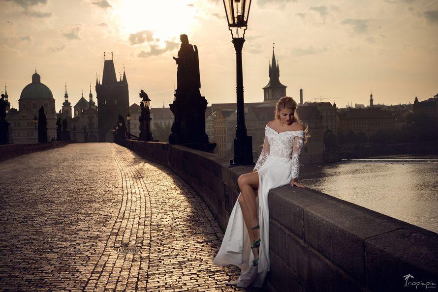 Фото 12401020 в коллекции Портфолио - Sovanna сеть свадебных салонов