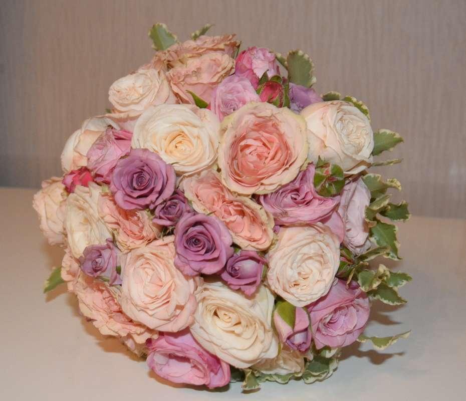 нежный букет из миниатюрных роз - фото 3533071 Свадебный флорист-декоратор Кристина Щеглова