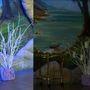"""Слева еще """"голое"""" дерево, справа уже с пожеланиями"""