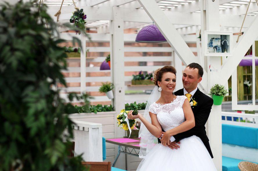 глянец черно-белой свадебной фотосессии череповец через некоторое время