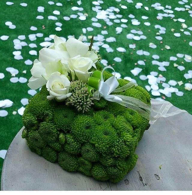 свадебная подушка для колец - фото 3665839 Ателье цветов FlowersMaslik