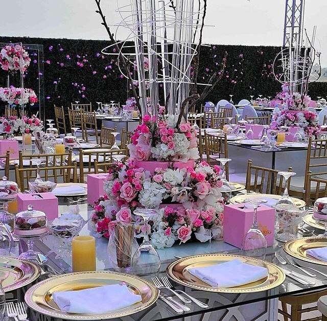 оформление свадьбы в розовом! - фото 3665843 Ателье цветов FlowersMaslik