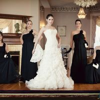 Шикарные невеста и подружки - черно-белый шик