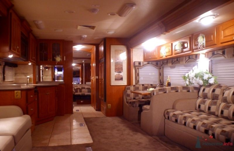 Все готово, чтобы встретить Ваших гостей. - фото 29864 Шикарус - аренда эксклюзивного транспорта