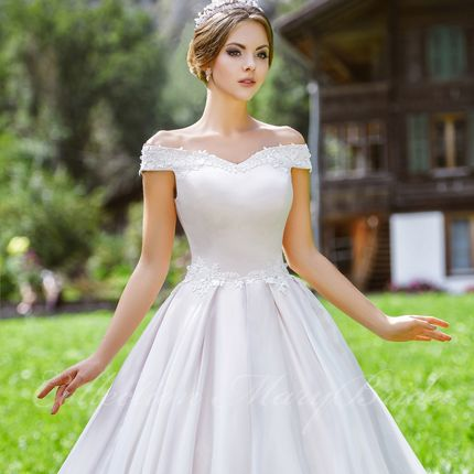 Атласное платье от Mary Bride