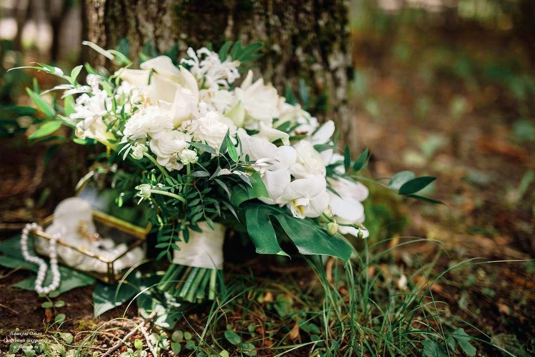 Белый букет невесты Фото Азат Биккинин Флорист Пашкова Ольга - фото 16261350 Пашкова Ольга - флорист-дизайнер