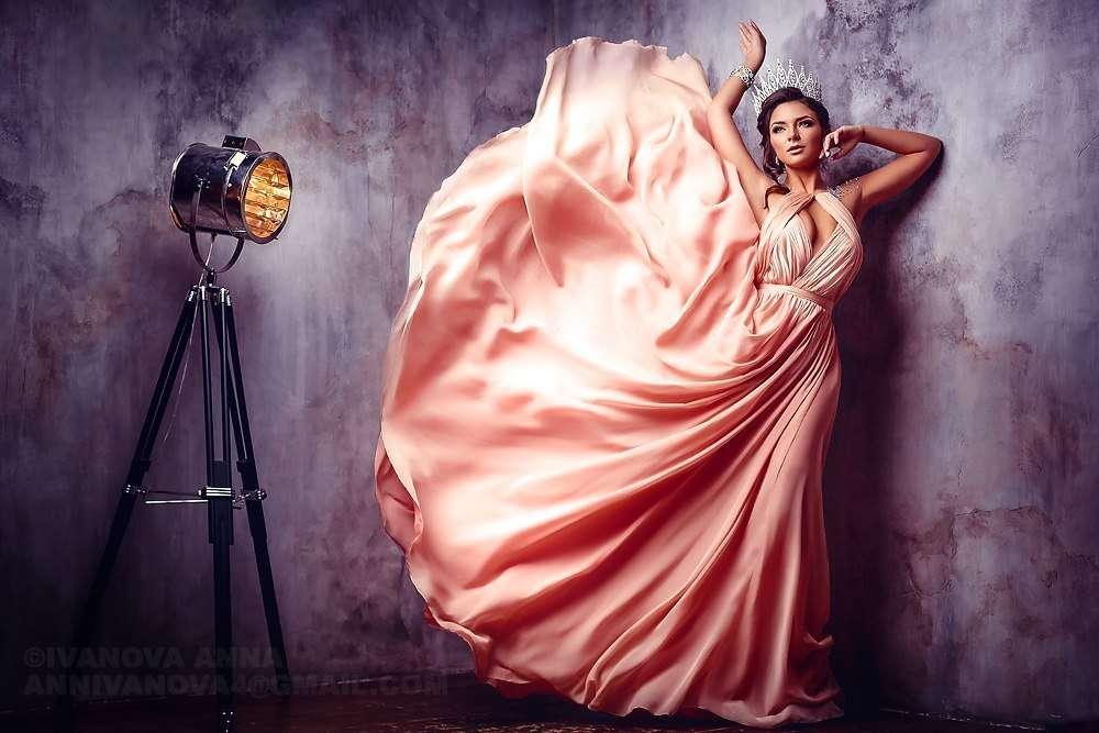 одну фотопроект с платьями двухэтажный