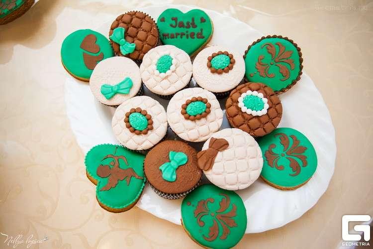 Кап кейки - фото 1773323 Надежда Алябьева - свадебные торты