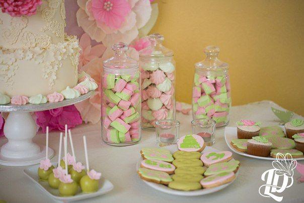 Фото 2507979 в коллекции Candy Bar- маленькие сладости! - Надежда Алябьева - свадебные торты